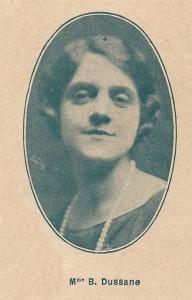 1928 - Béatrix Dussane dans Conferencia pour La querelle des Poètes et des Comédiens