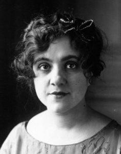 Béatrix Dussane en 1920